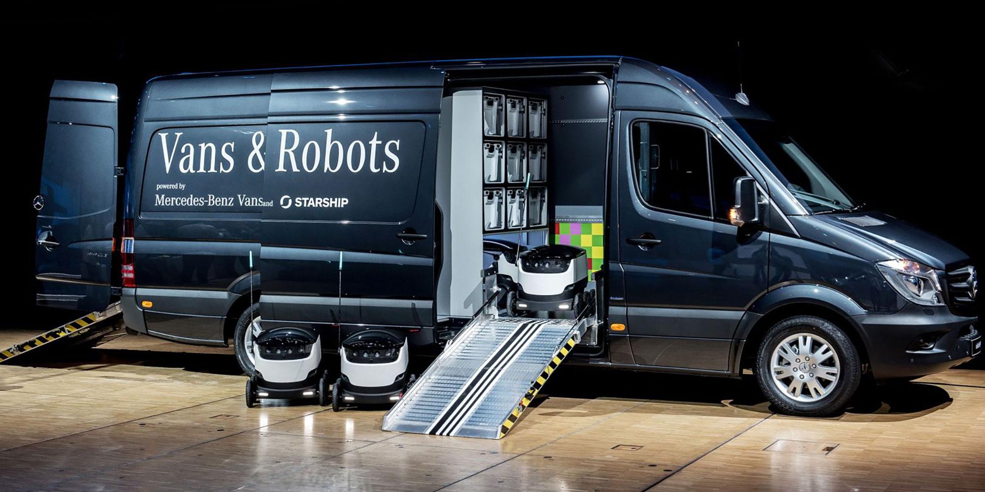 Fahrzeugbeklebung Vans & Robots