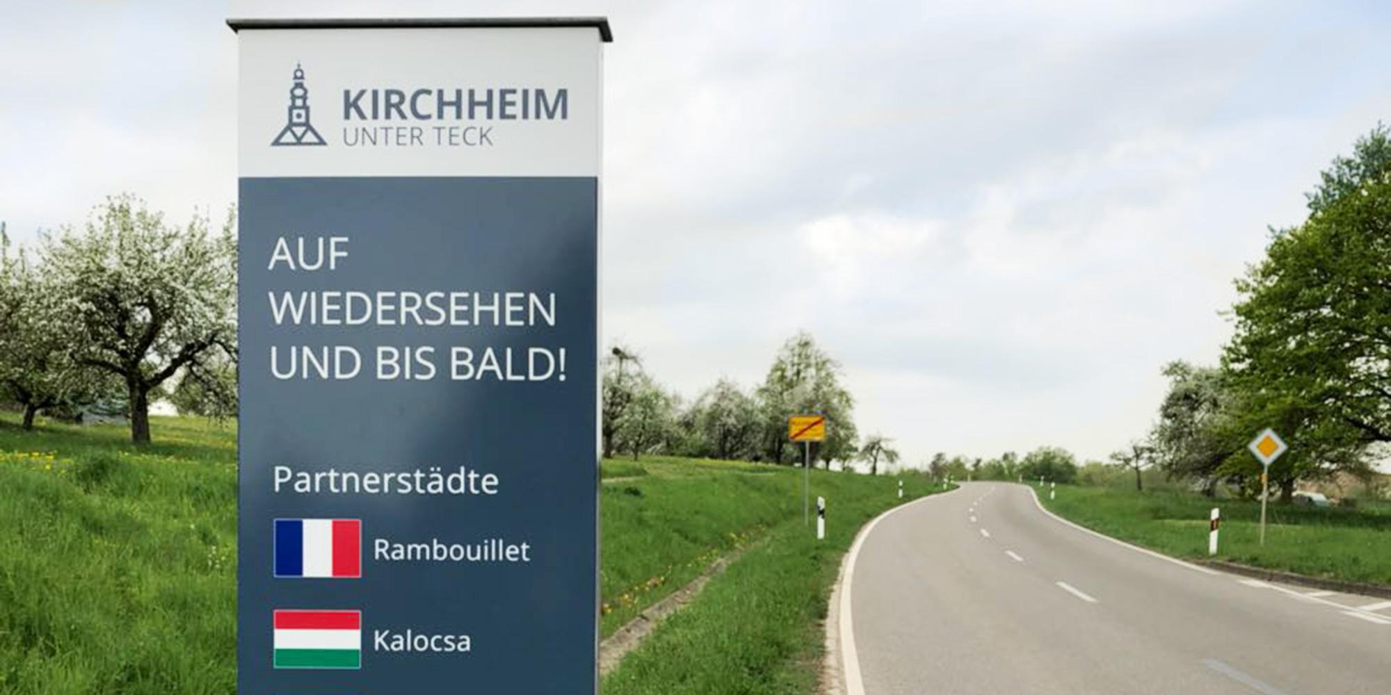 Stadt Kirchheim Ortseingangsschilder im neuen CD